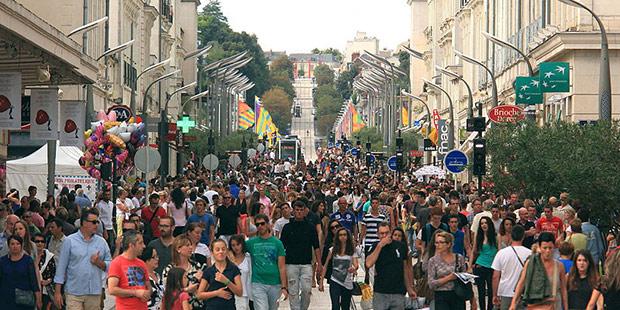 La ville piétonne - Tours ; Crédits : Cécilia Ramos