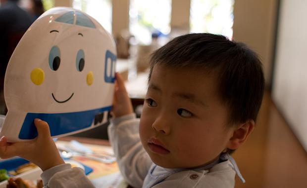 Train enfant japonais ; Copyright : Yoshiyasu Nishikawa