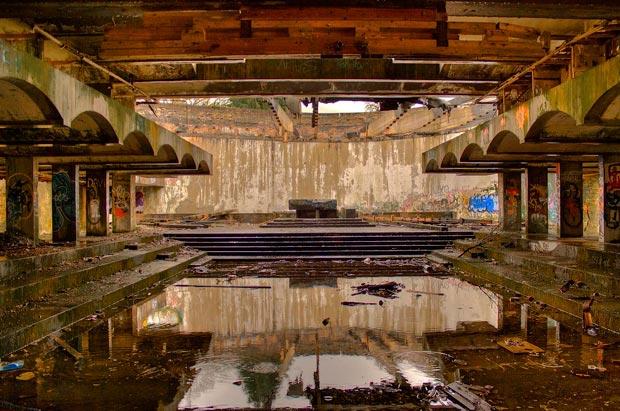 Les ruines du St Peter's Seminary seront ouvertes au public lors du festival Hinterland de mars 2016. © Flickr