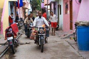 force-les-motos--rouler-bâtiment