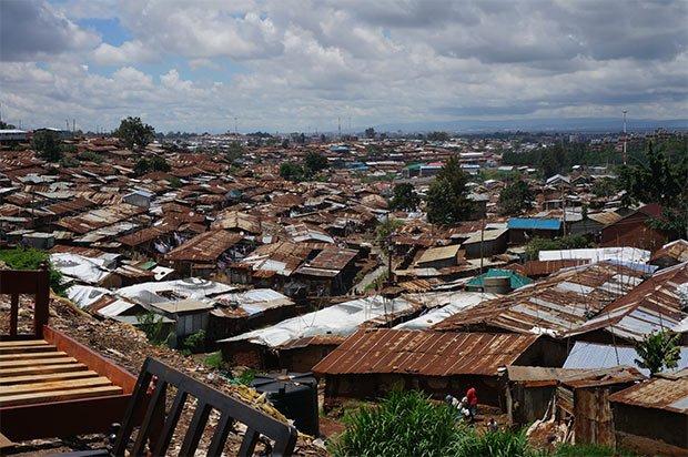 Kibera-bidonville-afrique-batiment