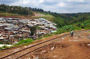 limite Est bidonville Kibera mobilite demain la ville