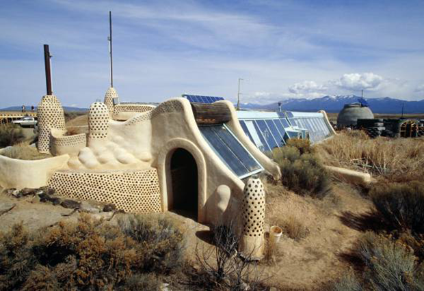 biotecture earthship