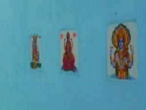 Afficher des divinités sur les murs permettrait d'éviter les dégradations.