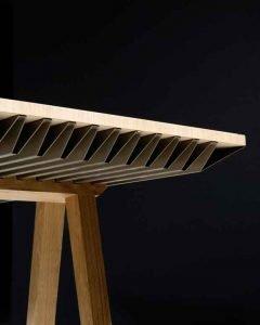 Zero Energy Furniture est un matériau qui s'apparente à une « éponge thermique ».