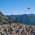 Drone volant au dessus de Lugano