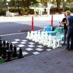 Une partie d'échecs pendant le Park(ing) Day à Seattle Crédit photo : We Love Ann Arbor