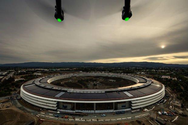 """""""The ring""""ou le nouveau siège d'Apple dans la ville de Cupertino"""