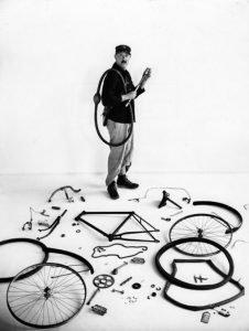 Jour de fête, Jacques Tati
