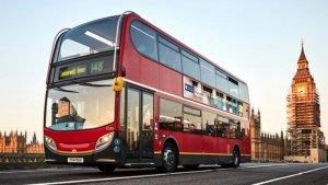 A Londres, certains bus roulent en utilisant du marc de café recyclé.