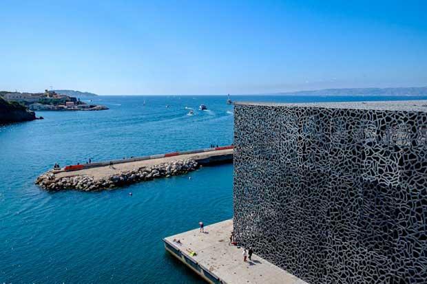 Le Musée MUCEM installé sur la Méditerranée à Marseille