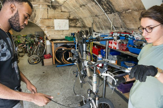 Solicycle, un lieu insolite pour réparer soi-même son vélo