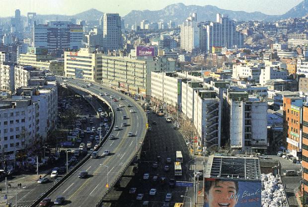 La Cheonggyecheon Expressway à Séoul avant les travaux