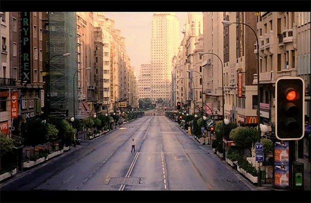 Crédit : Extrait du film Abre Los Ojos (1997)